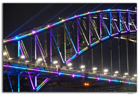 AU1573.Sydney.Vivid.Harbour Bridge