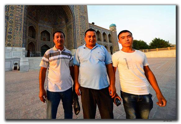 UZ0098.Samarkand.Registan.Usbeken