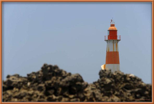 JM016 Folly Point Lighthouse