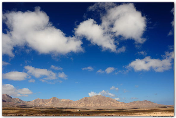 LAN089. Playa Blanca