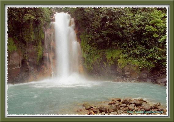 136.Salto Rio Celeste,Costa Rica