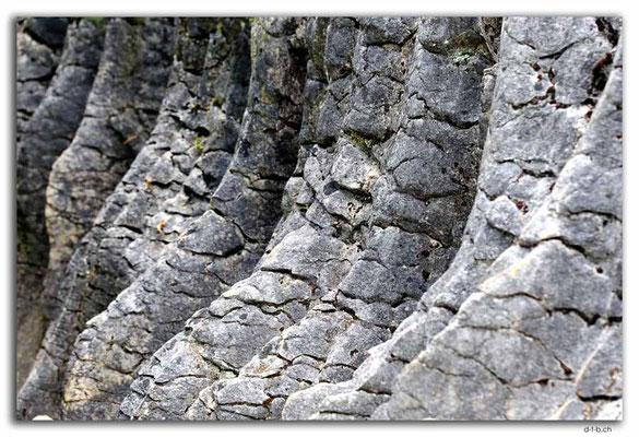 NZ0559.Labyrinth Rocks. The Glacier