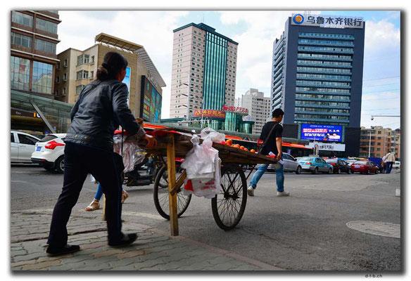 CN0031.Urumqi.Verkaufsstand