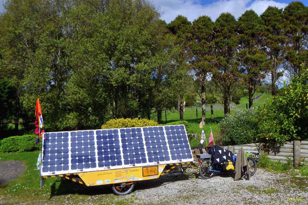 NZ: Solatrike in Bombay Hills bei Nick & Ngaire