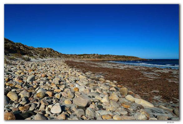 AU1041.Port Neill.Back Beach