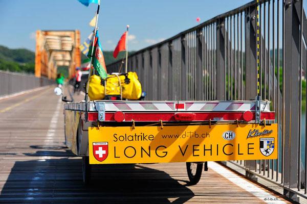 KR: Solatrike auf einer der unzähligen Brücken