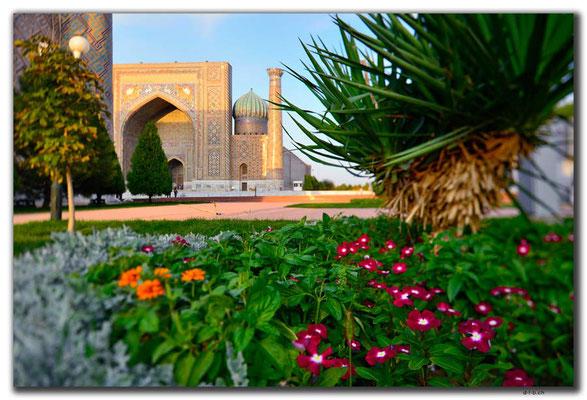 UZ0116.Samarkand.Registan