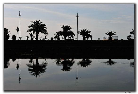 GE006.Batumi.Spiegelnder Pool