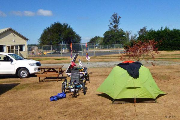 NZ: Solatrike in Orari Bridge Camping