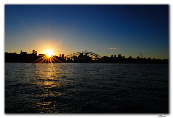 AU1630.Sydney.Opera House & Harbour Bridge