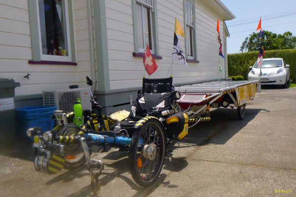 NZ: Solatrike bei Host Fred und Jennifer in Otaki