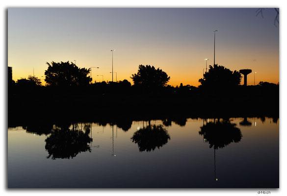 AU1536.Sydney.Cooks River