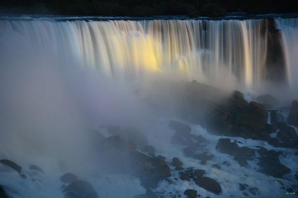 CA0384 Niagara Falls