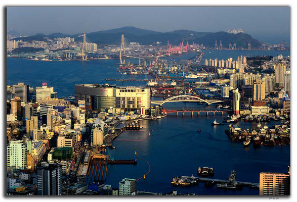KR0314.Busan.Hafen