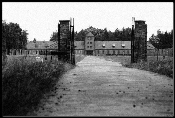 PL046.Birkenau.Portal