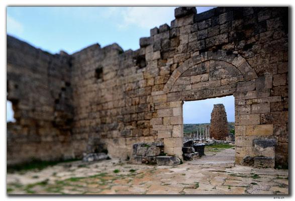TR0366.Perge.Spätantikes und hellenistisches Tor