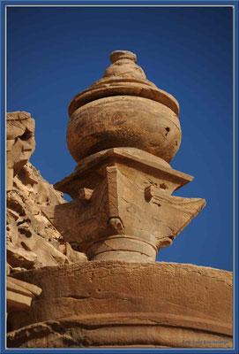 JO038.Ad Dayr Tempel Detail.Petra