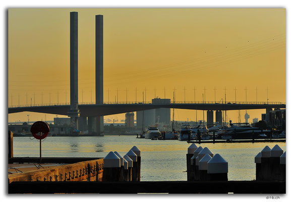 AU1224.Melbourne.Bolte Bridge
