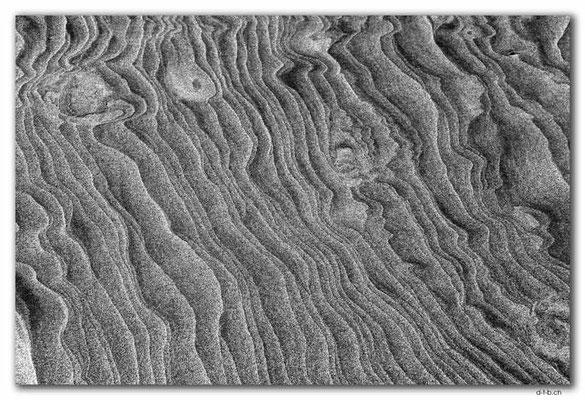 NZ0631.Wharariki Beach.Sand