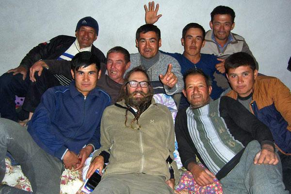 KZ: David in Mitten Usbekischer Gastarbeiter