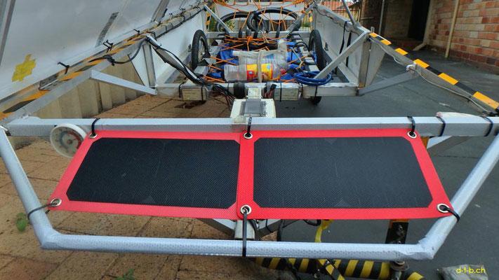 AU:Solatrike at Perth. Zweites kleines Solarpanel