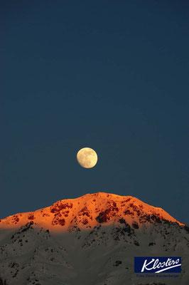 P0121.Mond über Älpeltispitz.Klosters.CH
