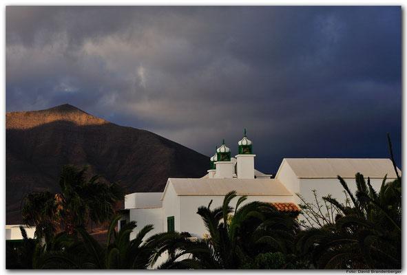 LAN090. Playa Blanca
