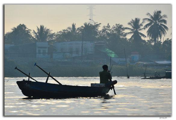VN0376.Phong Dien.Floating Market