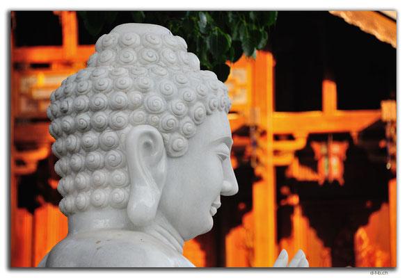 VN0274.Buon Ma Thuot.Khai Doan Pagoda.Buddha