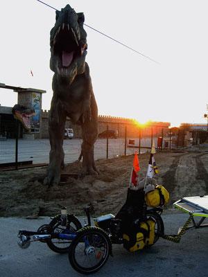 TR: Solatrike Begegnung mit T-Rex