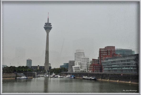 A0426.Regen in Düsseldorf.
