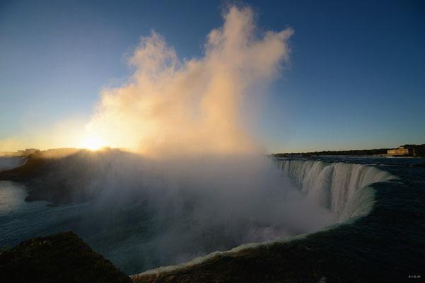 CA0404 Niagara Falls