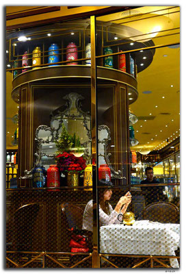TW0012.Taipei.Café