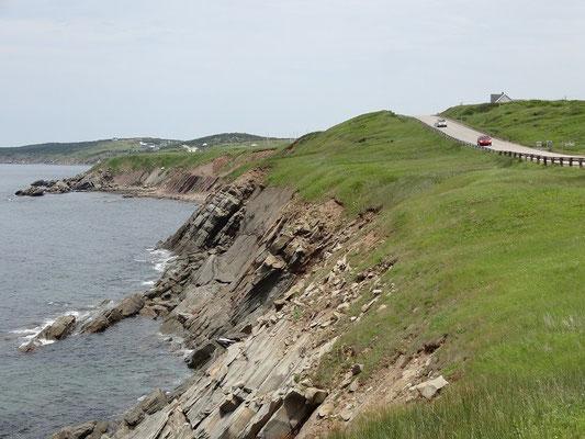 Felsen an der Küste von Cape Breton Island.