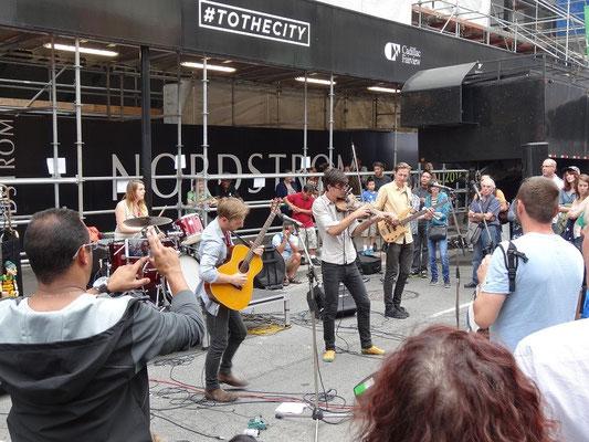 Strassenmusiker beim Busker Fest in Toronto.