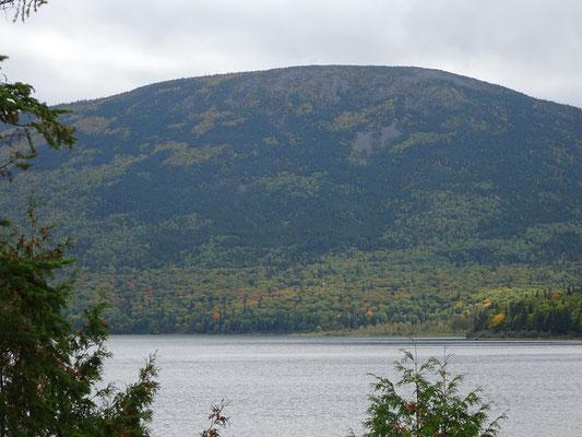 Urlaub in New Brunswick: Blick über den Little Nictau See im Mount Carleton Provincial Park.