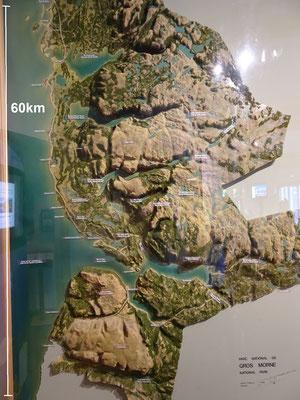 Diese Karte im Besucherzentrum des Gros Morne Nationalparks zeigt, wie zerklüftet das Gelände ist.
