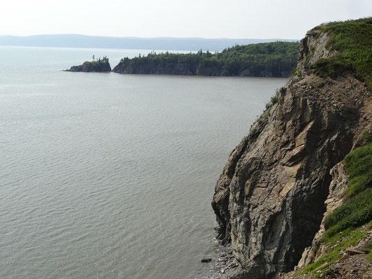 Cape Enrage in New Brunswick hat seinen Namen vermutlich von den zahlreichen Touristen, die den Ort wegen der spärlichen Beschilderung nicht gefunden haben. ;-)