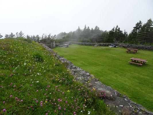 Castle Hill National Historic Site: Beim Rundgang zieht Nebel auf.