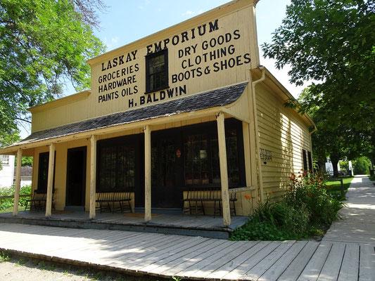 Black Creek Pioneer Village: Blick auf den Gemischtwarenladen, der auch gleichzeitig als Poststation diente.