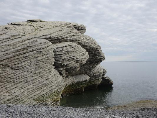 Urlaub in Quebec: Felsen am Cap-Bon-Ami auf der Ostseite des Forillon Nationalparks.