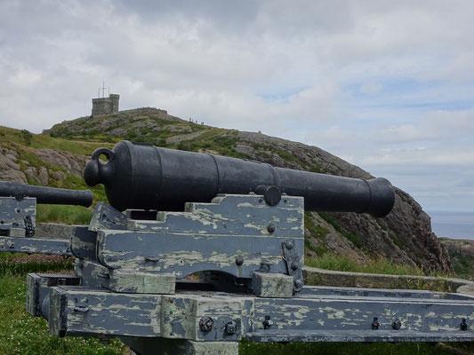 Urlaub in Neufundland: Alte Kanone auf dem Signal Hill in  St. John's.