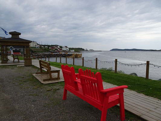 Urlaub in Neufundland: Parkbänke in Twillingate.