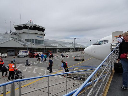 Urlaub im Gros Morne National Park: Ankunft auf dem Regional-Flughafen von Deer Lake.
