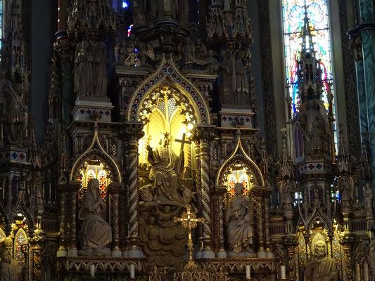 Urlaub in Ottawa: Verzierungen in der Notre Dame Basilica.
