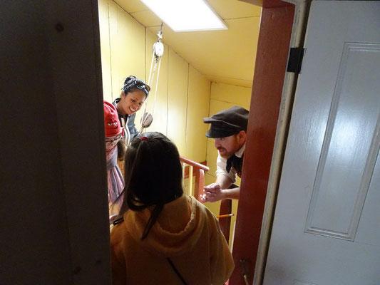 """Urlaub in Neufundland: Der """"Leuchtturmwärter"""" von Cape Spear beantwortet Kinderfragen ."""