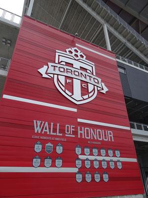 Zwischenstopp beim Fussball-Stadion BMO Field. Hier spielt der normalerweise der Toronto FC.