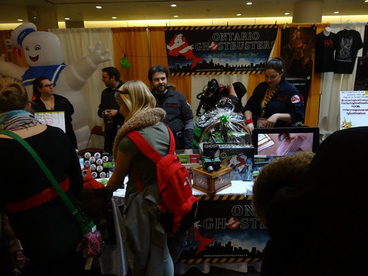 Toronto Comicon 2016: Informationsstand der Ontario Ghostbusters.