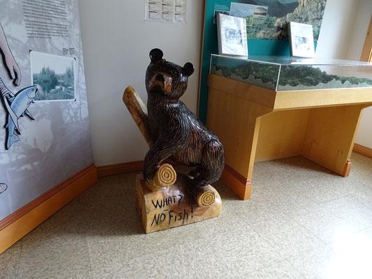Urlaub in New Brunswick: Schnitzerei im Besucherzentrum des Mount Carleton Provincial Park.