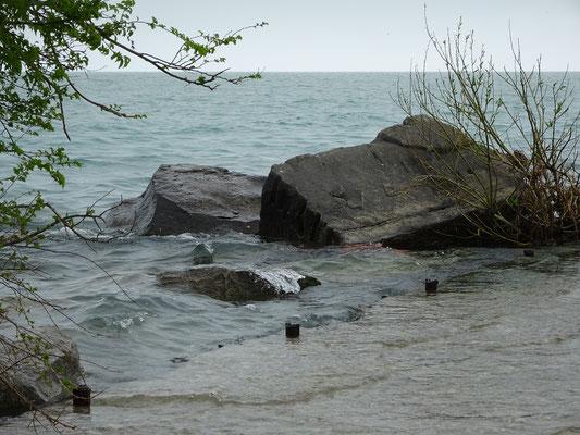 Hoher Wasserstand am Ontariosee dieser Tage.